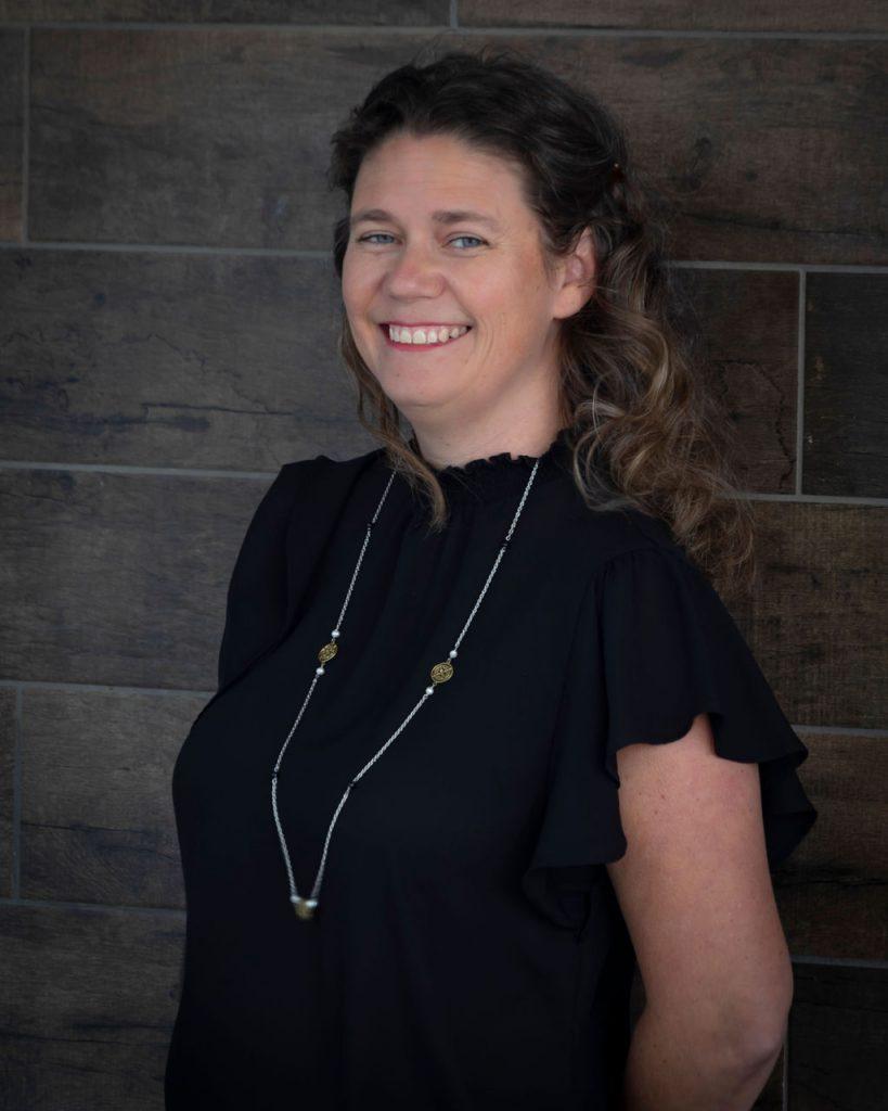 Headshot of Wendy Chapman