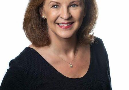 Headshot of Susan Hilton