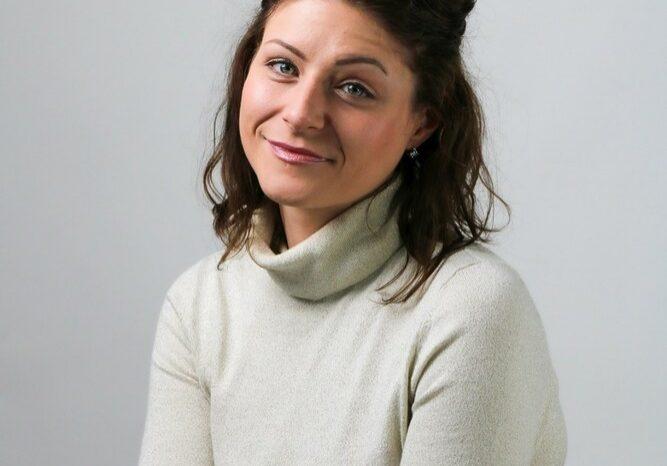 Headshot of Jessica Mendez